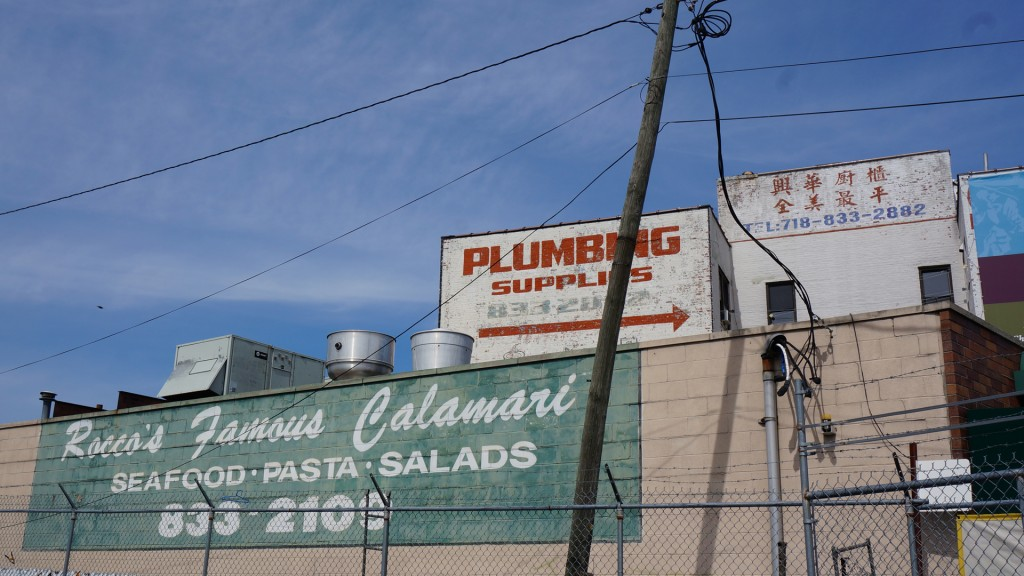 Calamari, Pumbing, Chinese Painted Signs