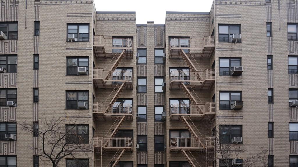 Deco Beige Building