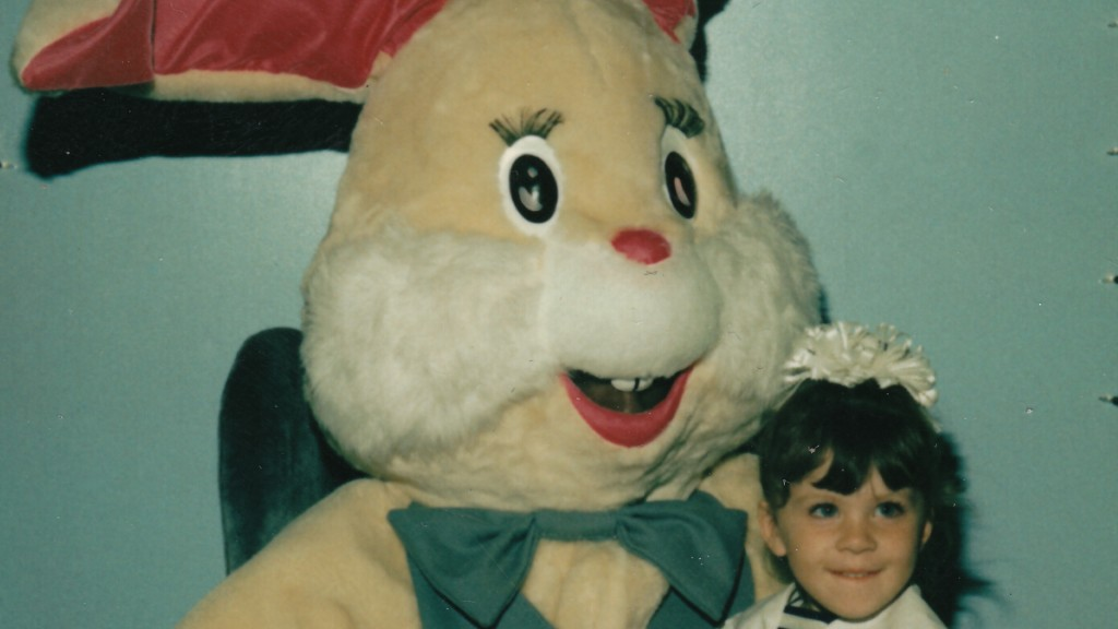 Easter Bunny - Beige Bunny with Girl CU