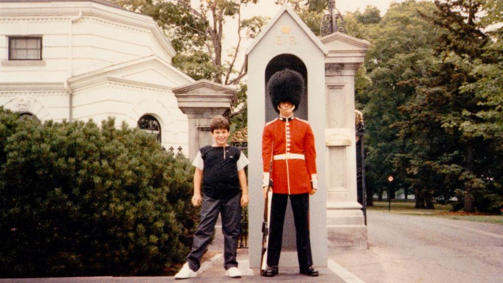 jeff & soldier Quebec
